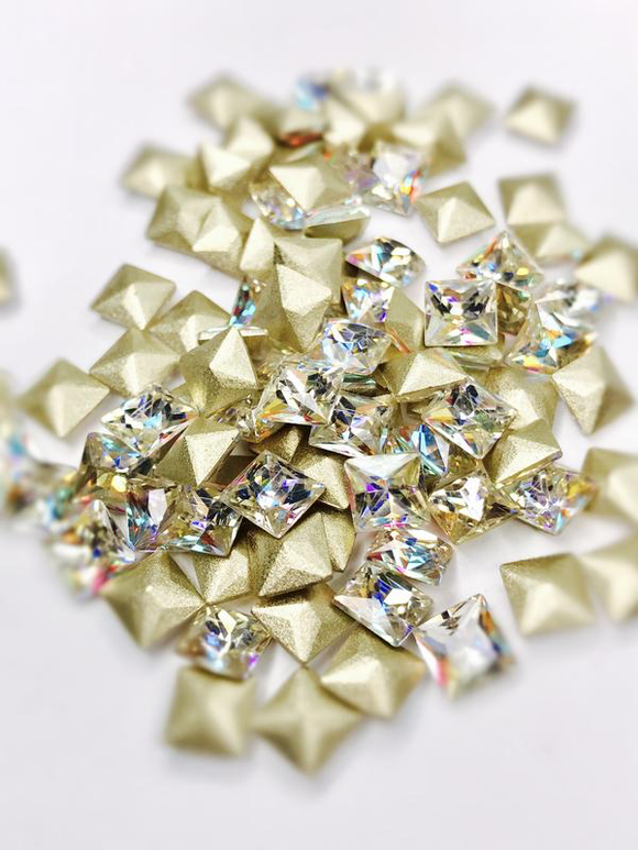 SHINE- Crystal AB- 3D Rhinestones- 6mm-SQUARE/ #23-AB