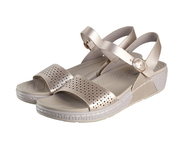 Jootavoota Women Golden Sandals (HY-78865-R1)