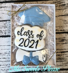 Graduation Cap, Class of 2021 and Diploma Boxed Set