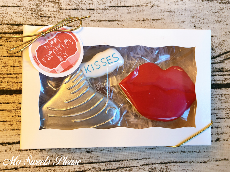 Decorated Sugar Cookie Valentine Hershey Kiss Lips