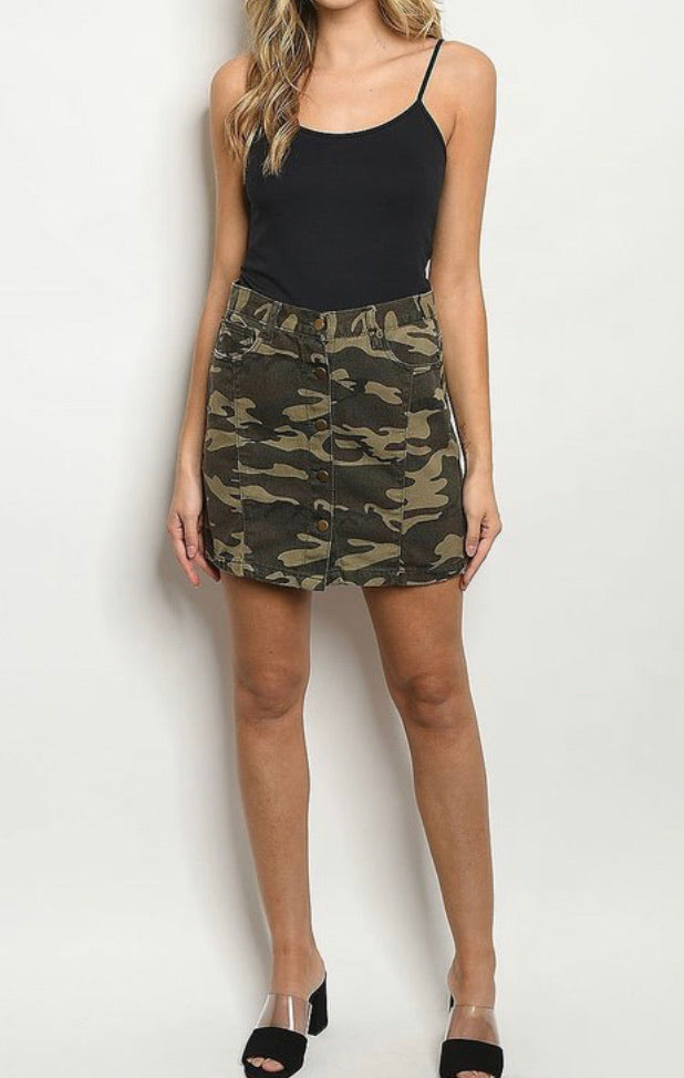 Marca camo button front mini skirt