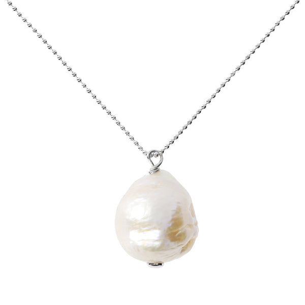 Necklace with a fresh-water Ming pearl