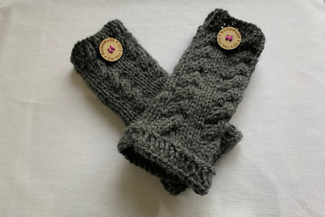 Postwoman's Gloves: Grey/Black