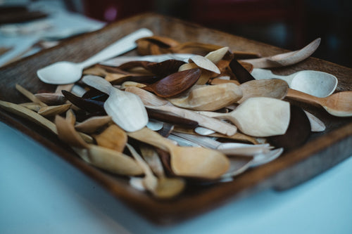 Carve a wooden spoon: Online course