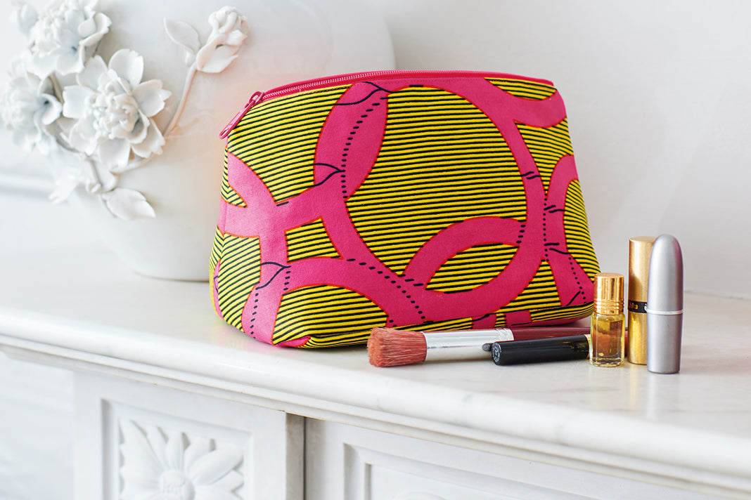 Make a Marilyn Makeup Bag with African Wax Print Fabric