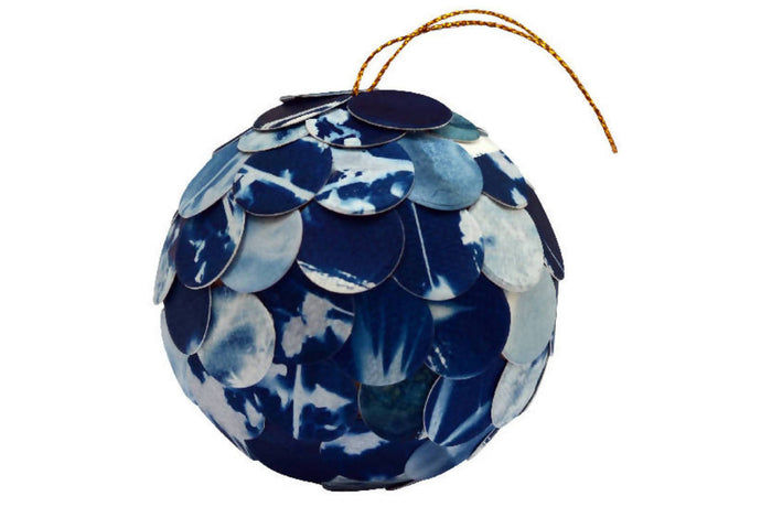 Make an upcycled cyanotype Christmas bauble: Kit + Guide