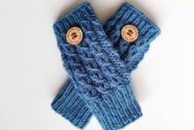 Load image into Gallery viewer, Postwoman's Gloves: Blues