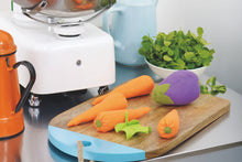 Load image into Gallery viewer, Sew colourful toy vegetables