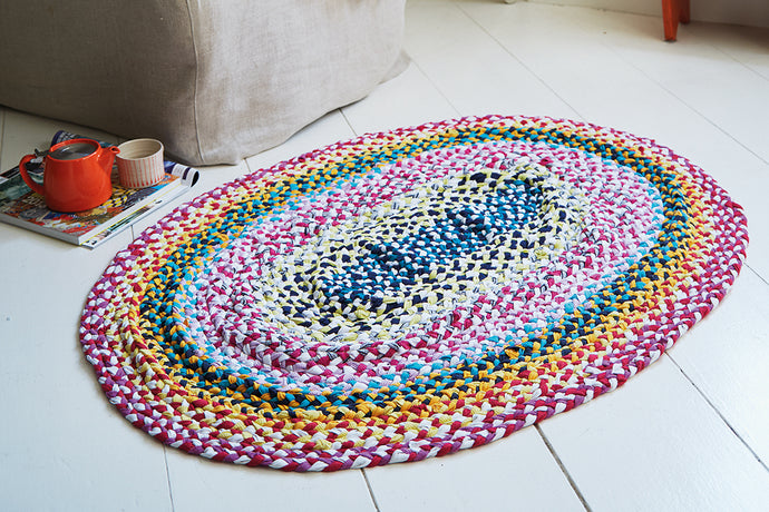 Make a braided rag rug