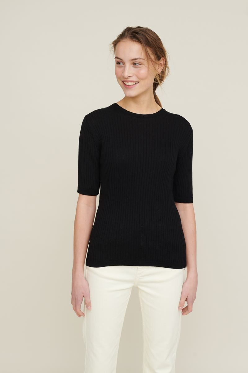 Basic Apparel Alisia Tee