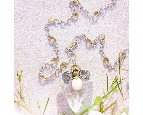 Waxing Poetic Bee Brave Honeypearl Bee Charm - Pale Pearl - M783