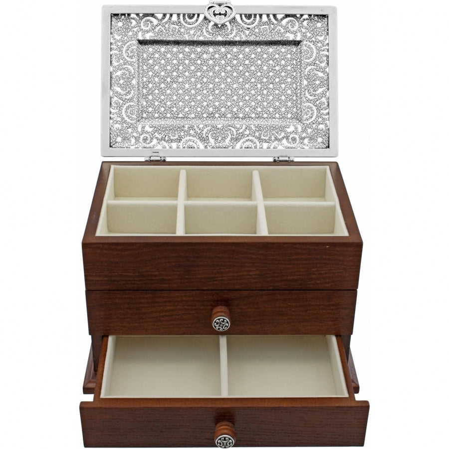 Lacie Daisy Jewelry Chest