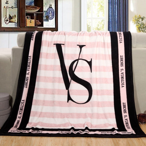 Spring Autumn Victoria Brand VS Secret Pink Coral Fleece Fabric Blankets Size 150*130cm Flannel Bedding Article Small Blanket