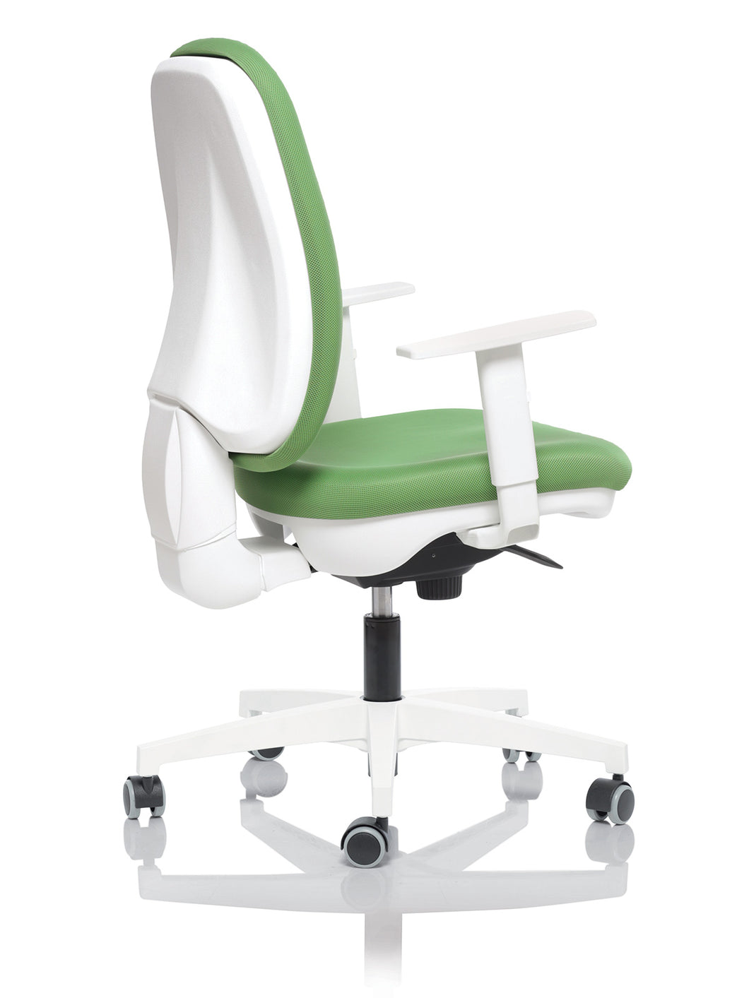 OP24-Hours - Synchron 24 Hour Chair. (price includes free pair of 2d arms and price is inclusive of VAT)