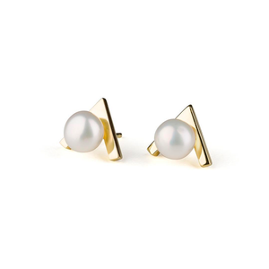 """V Shape"" Gold Earrings With Pearls"