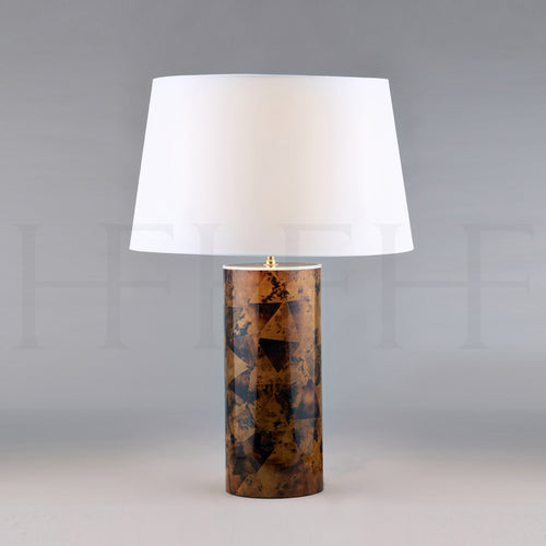Tiger Penshell Table Lamp