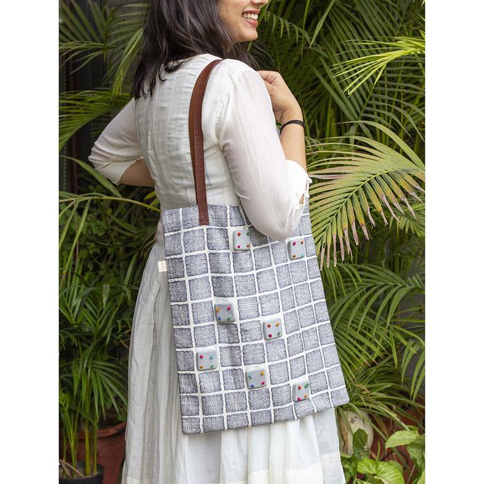 GREY EMBROIDERED TOTE BAG