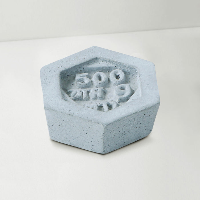 Baat Concrete Paperweight