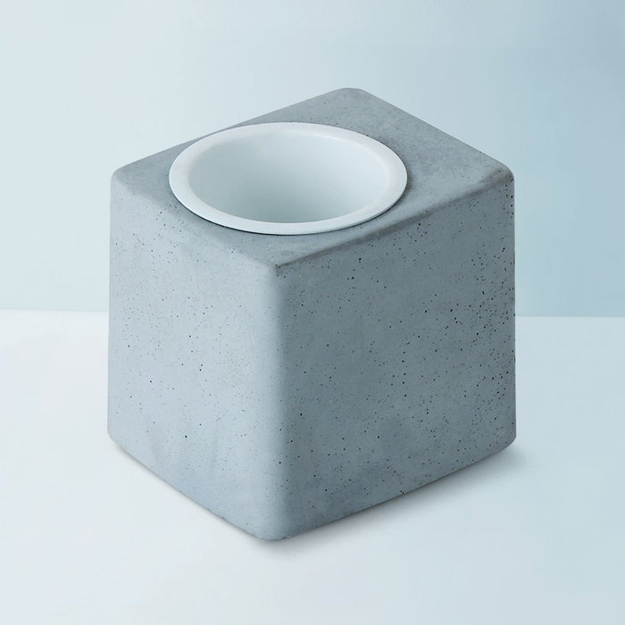 Concrete Greenin White Metal Tumbler Table Planter