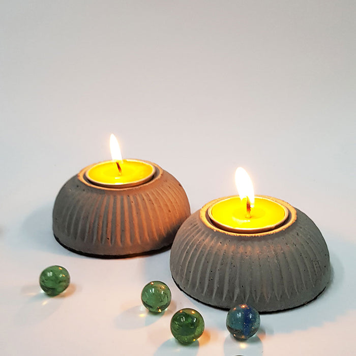 Set of 2 T-Light 01 Candle Holders