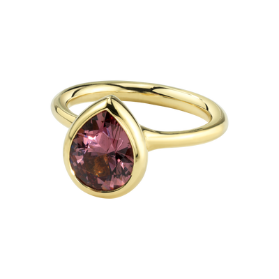 Sunset Kiss Ring featuring a Color Change Garnet