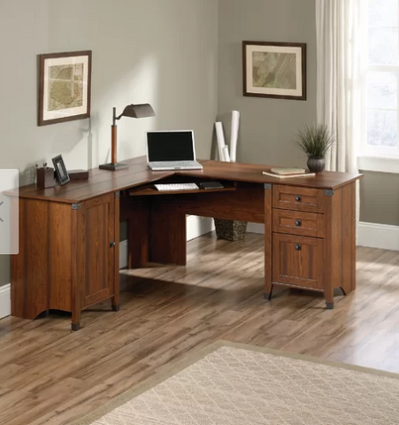 L-shaped desk most desirable