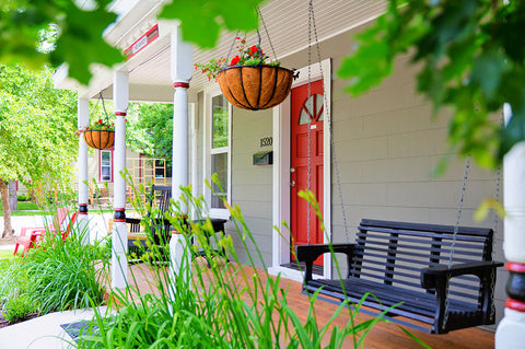 simple front porch refresh with swing
