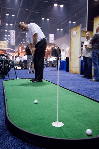 tradeshow games-putting green