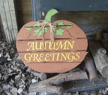 Autumn Greetings Pallet Sign