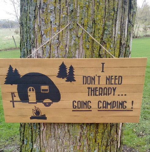 pallet wood camping sign