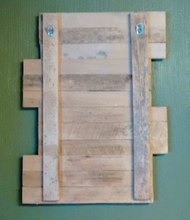 Family Pallet wood sign-back view