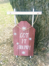 Let it snow pallet sign -tree-orig