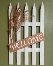 Welcome pallet sign front view
