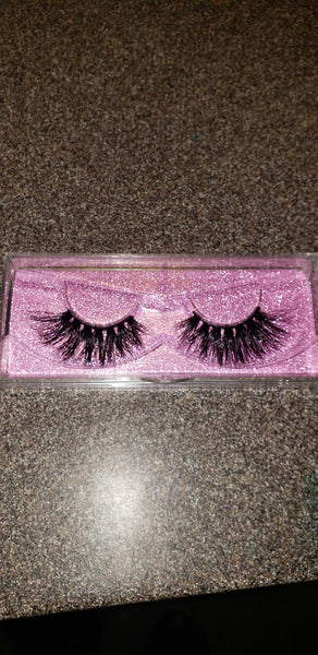 Divine Doll 3D Mink lashes