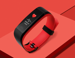 fitness tracker for small wrist