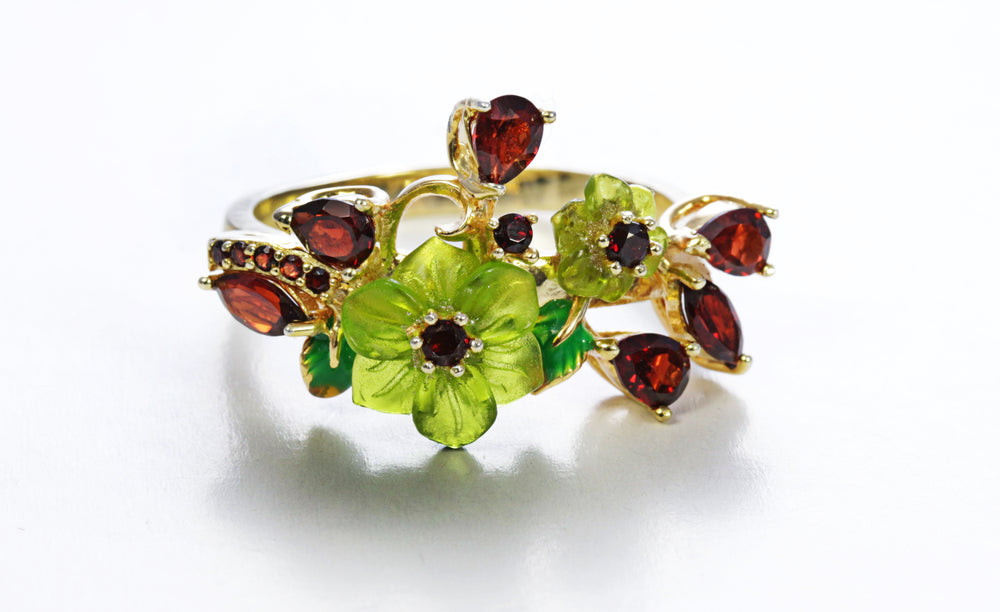 Floral Garnet Ring with Shell
