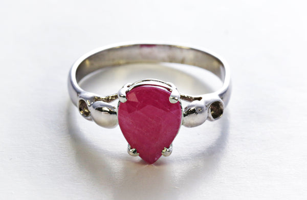 Teardrop Ruby Ring