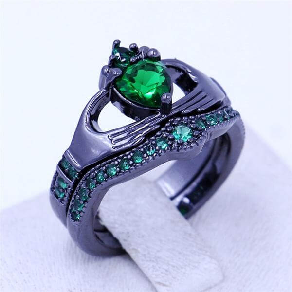 Green Birthstone  Claddagh Ring
