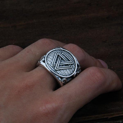 Valknut Adjustable Ring on a model