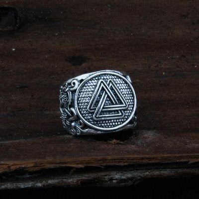 Valknut Adjustable Ring front view