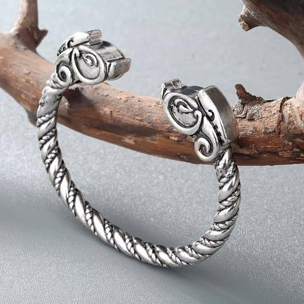 Pagan Arm ring