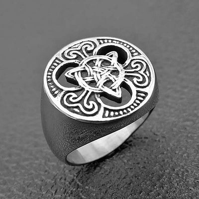 Trinity Knot Celtic Ring