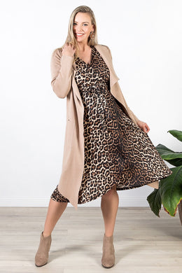 Harper Maternity & Nursing Wrap Dress in Animaux