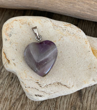 Load image into Gallery viewer, Puffy Heart Pendants