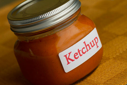 Use Coconut Oil to make your own homemade fresh tomato ketchup recipe photo