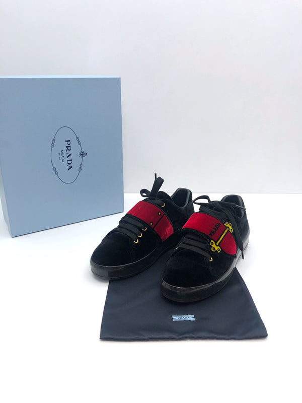Prada Sneakers - Str 37,5