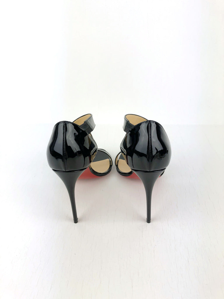 Christian Louboutin Stiletter Sort Lak - Str 39.