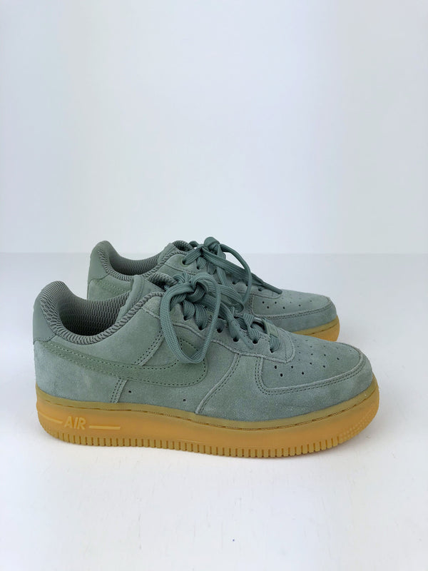 Nike Air Force 1 Sneakers - Str 36,5