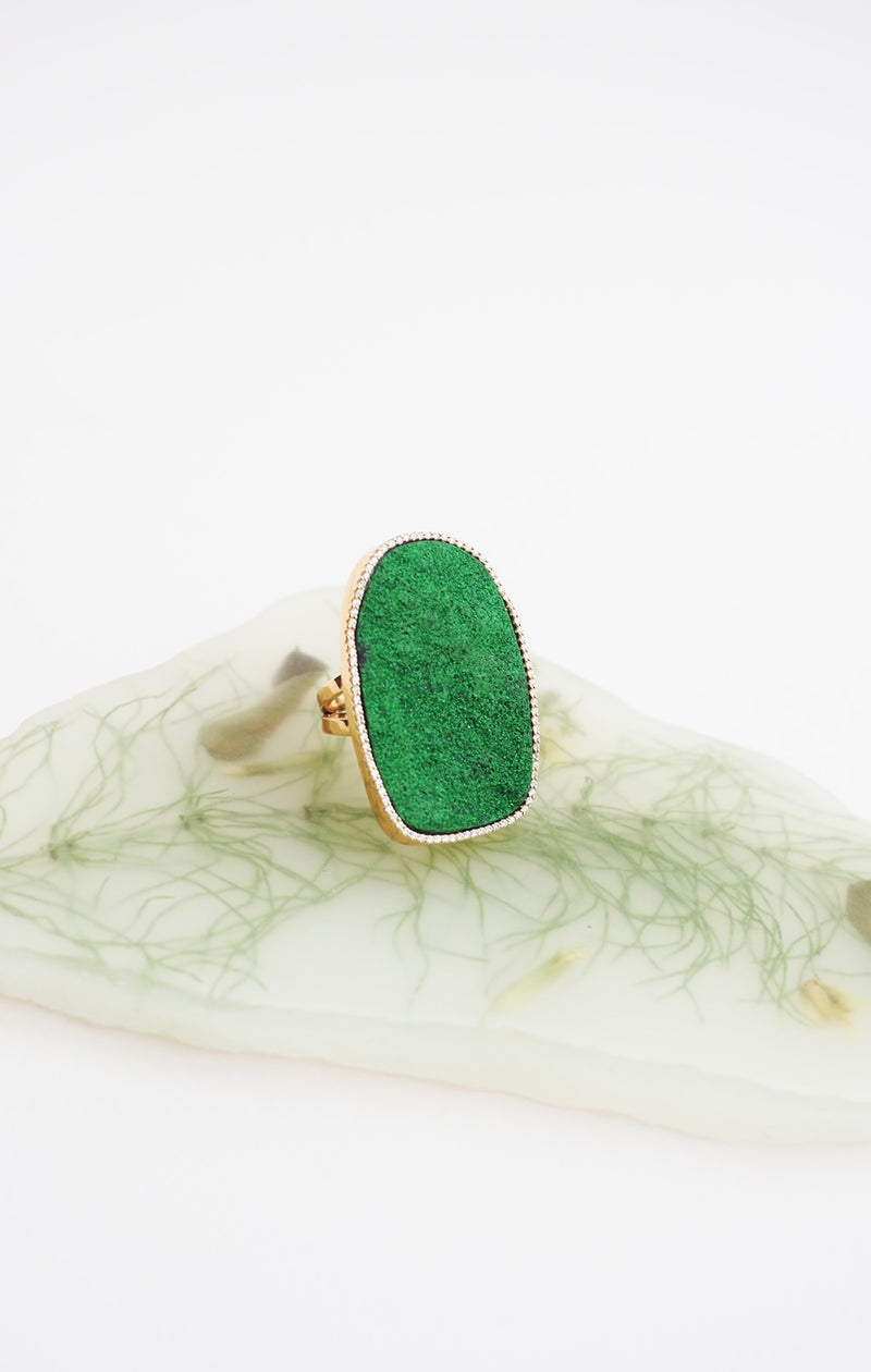 ASTRID ring, green mineral