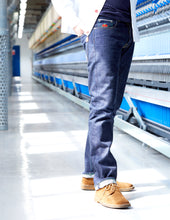 Load image into Gallery viewer, Collier 02 14.5oz British white line selvedge
